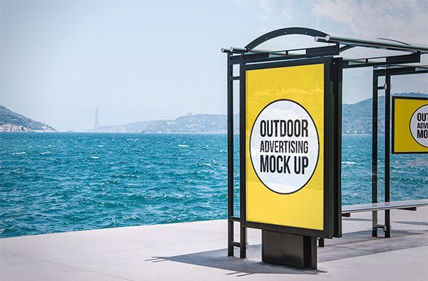 12 Outdoor Advertising MockUps (Free)