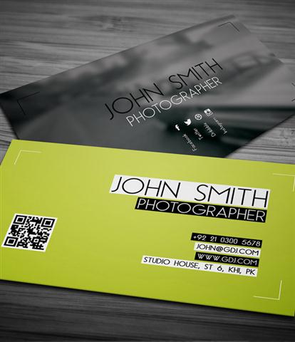 Free Photographer Business Card PSD Template (Small)