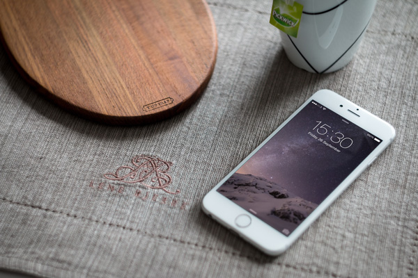 iPhone 6 Photography MockUp
