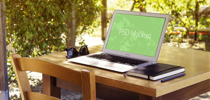 MacBook Air Mockup #4 (Custom)